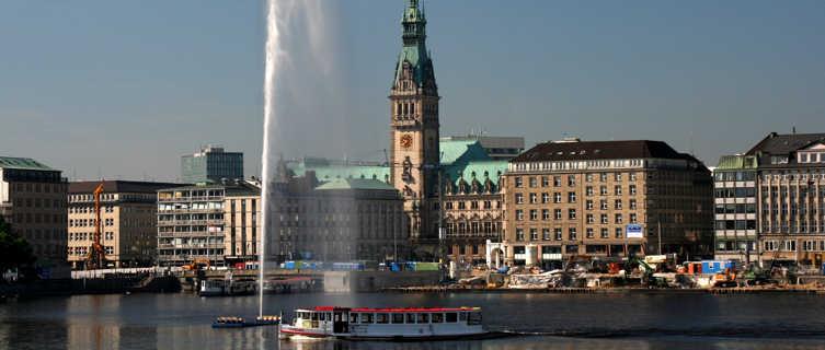 Inner Alster to City Hall, Hamburg