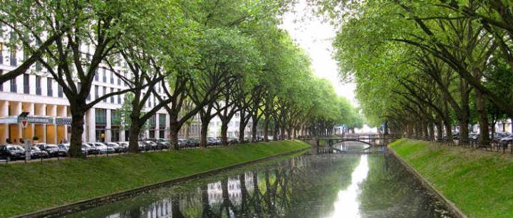 Konigsallee Park, Dusseldorf