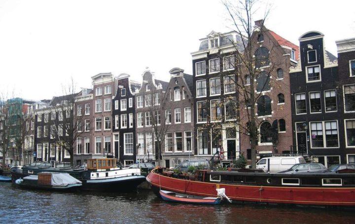 Characteristic development along one of Amsterdam
