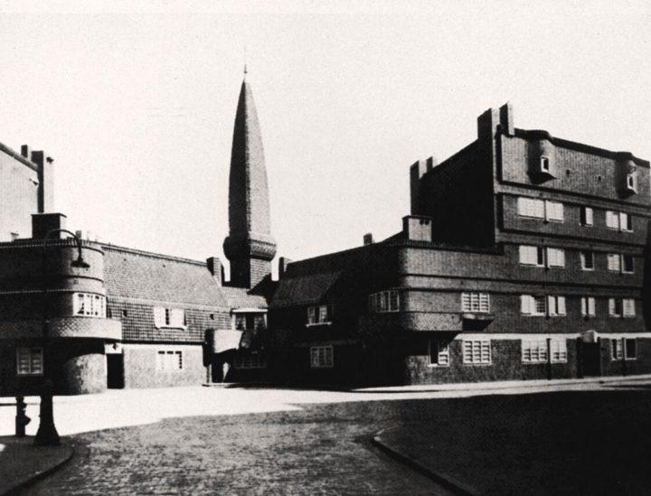 Dutch expressionist architecture
